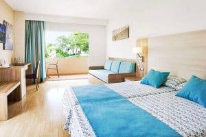 Aparthotel Invisa Figueral Resort kamer