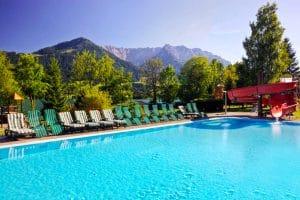 Aparthotel Ferienclub Bellevue am See zwembad
