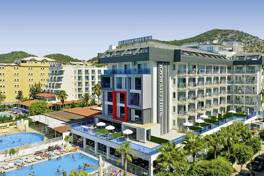 Hotel White City Beach