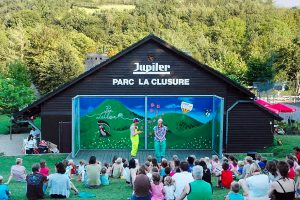Camping Parc La Clusure theater