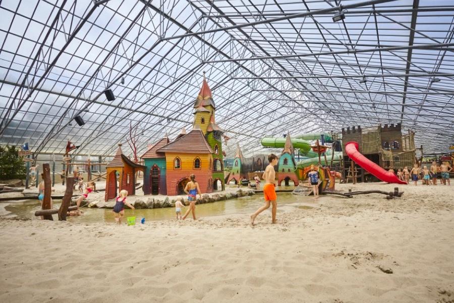 Camping Recreatiepark TerSpegelt strandpaviljoen