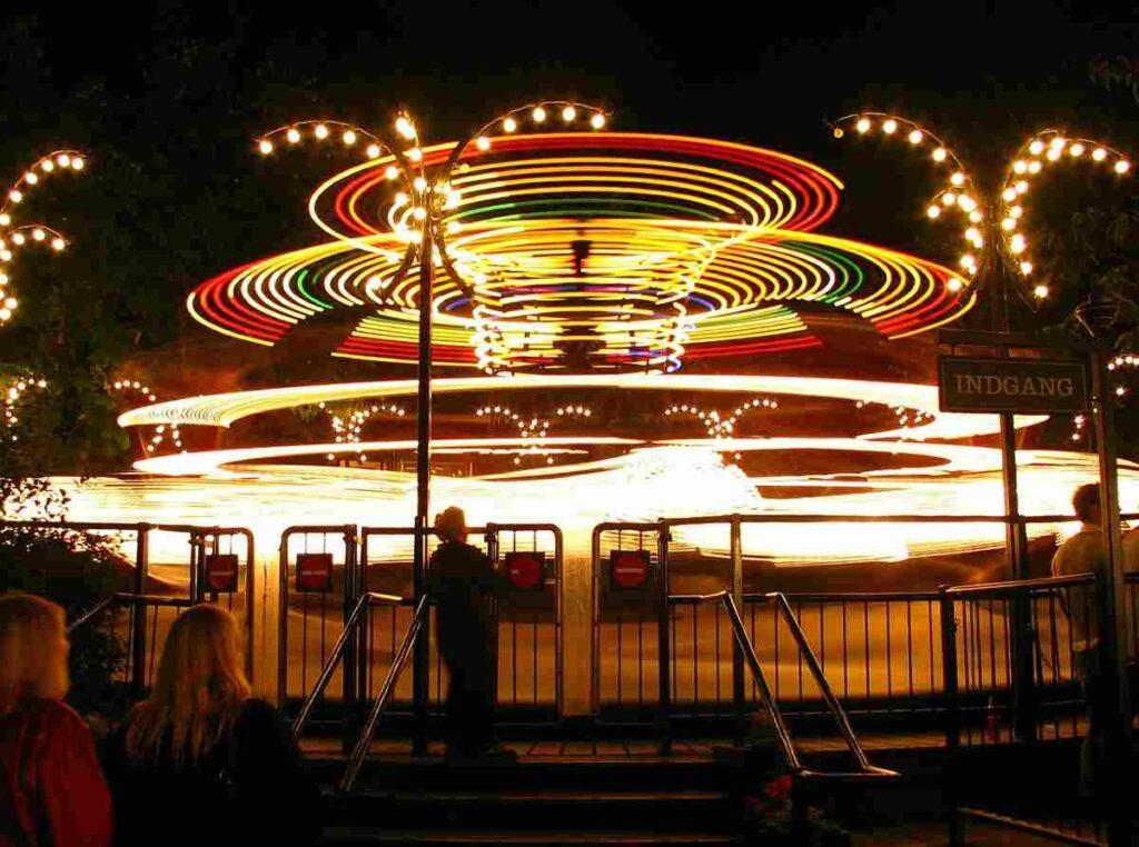 Dit moet je weten over attractiepark Tivoli in Kopenhagen