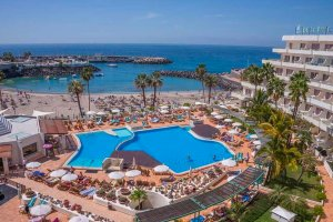 Aparthotel Hovima La Pinta Beachfront Family Hotel