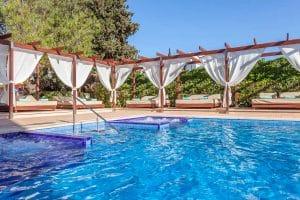 Aparthotel Zafiro Palmanova zwembad