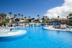 Vakantiepark HL Club Playa Blanca zwembad