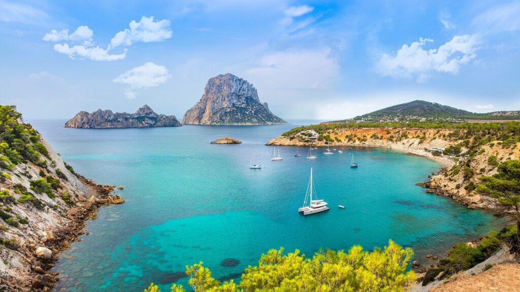 Ibiza met kinderen: De leukst tips en activiteiten voor je vakantie