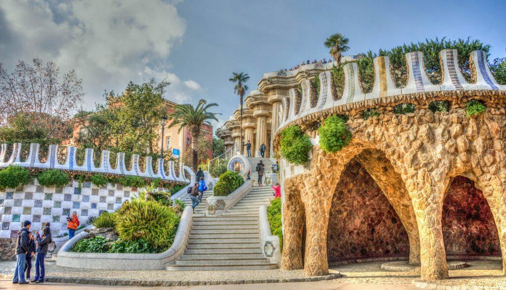 Park Güell in Barcelona bezoeken? Dit moet je allemaal weten