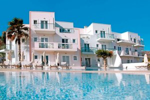 Aparthotel Akrogiali Beach