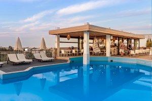 Aparthotel Porto Village zwembad