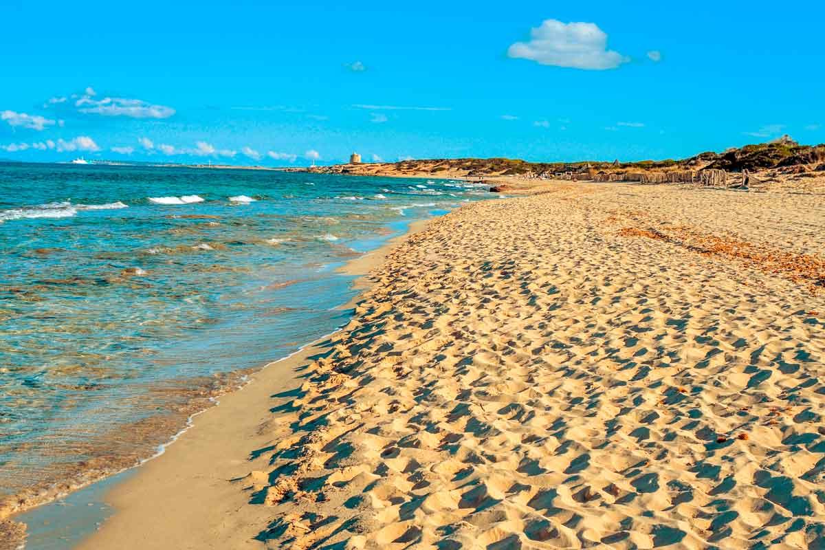 strand es Cavallet Ibiza