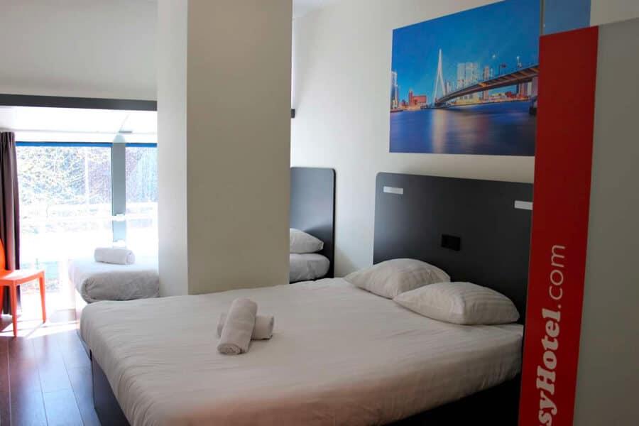 easyHotel Rotterdam City Centre kamer