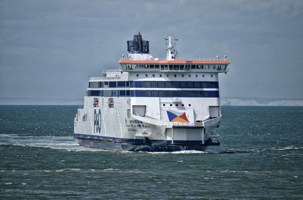 Met de auto naar Engeland? Alle overtochten met ferry of tunnel!