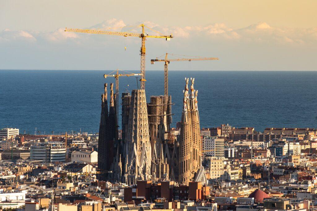 Stedentrips Spanje: Populairste steden, tips & aanbiedingen