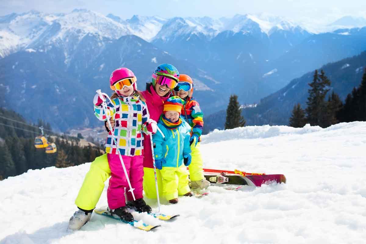 eenouder wintersport foto