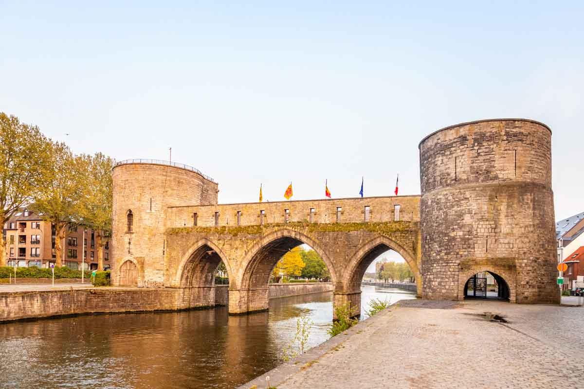 doornik brug pont des trous